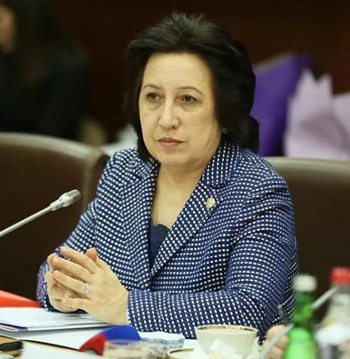 Обращение вице-премьера - министра образования и науки РД У.А. Омаровой к родительской общественности